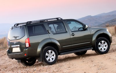 Land Rover Discovery Autotrader >> All-new Nissan 4x4 driven | Wheels24