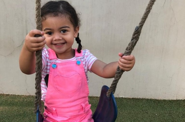 Three-year-old Lily Bowes is finally comfortable with inserting her prosthetic eye. (Photo: Supplied)