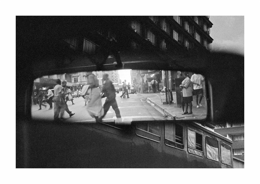 Andrew Tshabangu, Rearview Mirror, 2004, From the series, City in Translation, Vintage Print, 40 x 60 cm.