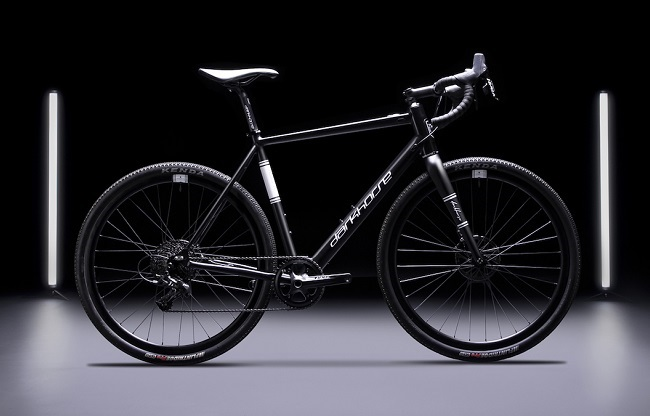 You might know their wheels, but Darkhorse has now launched a bike, too (Photo: Darkhorse)