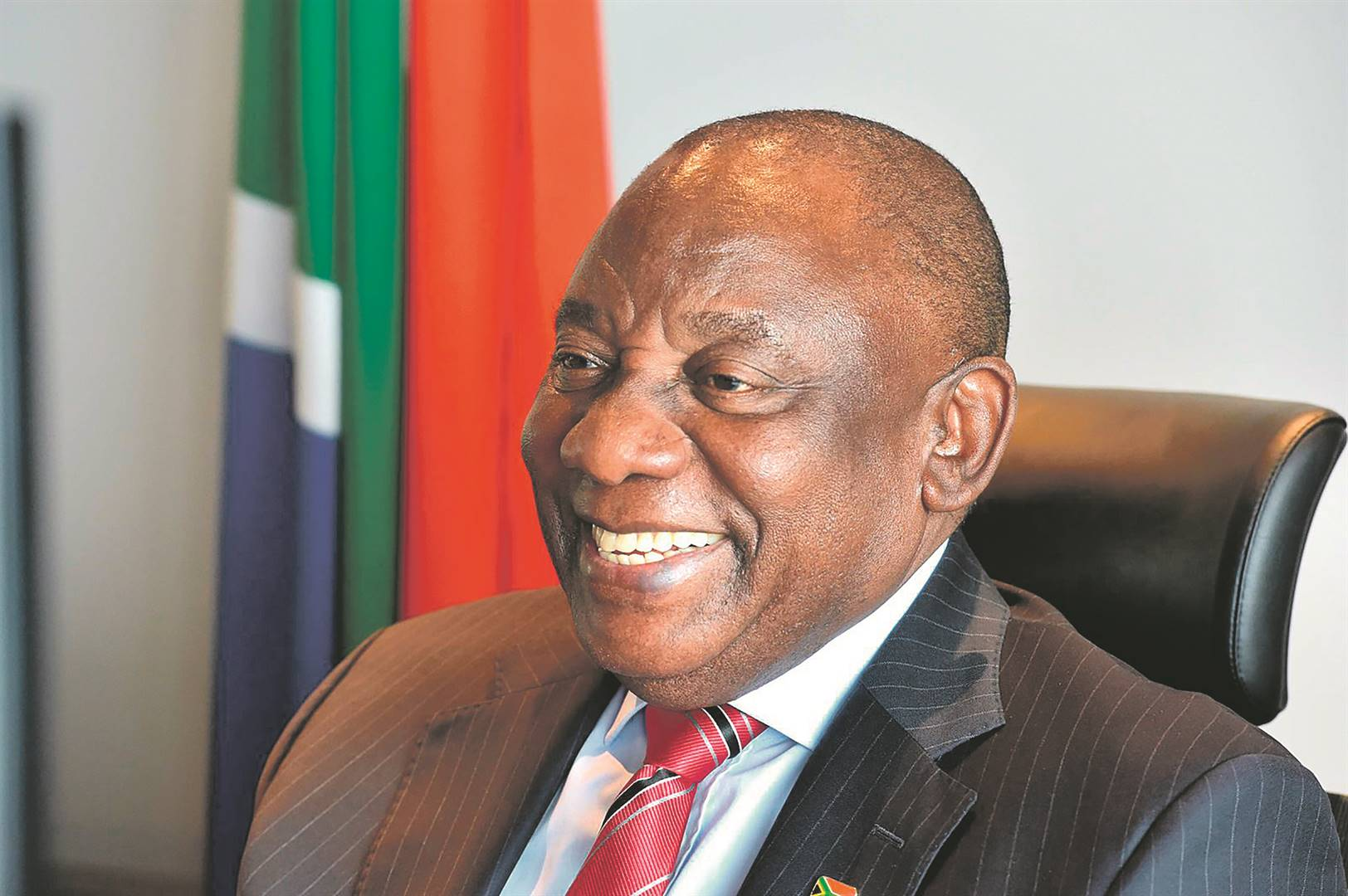 President Cyril Ramaphosa confirmed that government had now finalised the contract for sufficient doses to vaccinate 41.5 million citizens.         Photo: GCIS