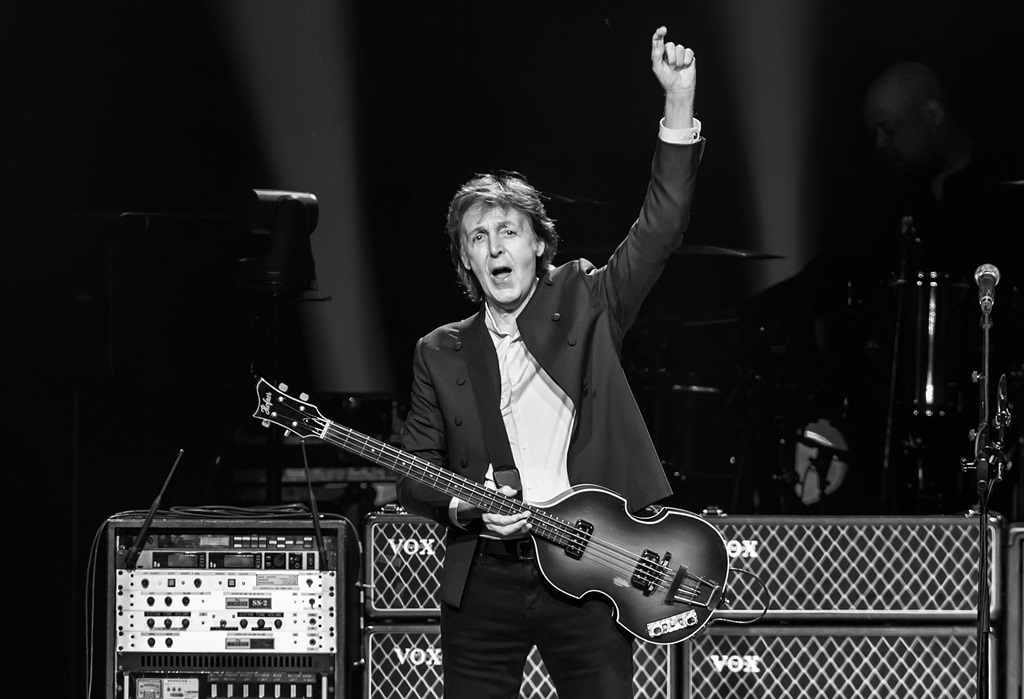 Singer-songwriter Sir Paul McCartney performs during U.S. 'Out There' tour at Wells Fargo Center on June 21, 2015 in Philadelphia, Pennsylvania. (Photo by Gilbert Carrasquillo/Getty Images)