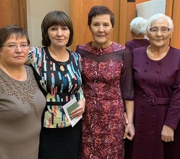 Nina Poddelskaya and family