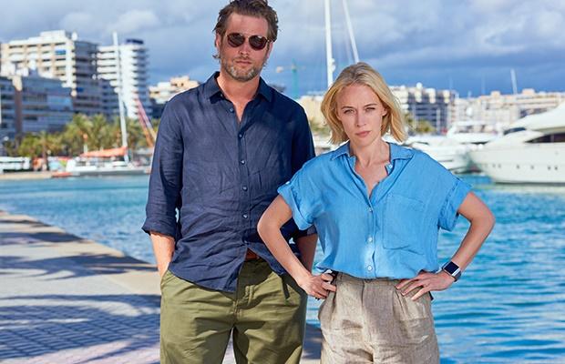 Julian Looman and Ellen Rhys in 'The Mallorca File