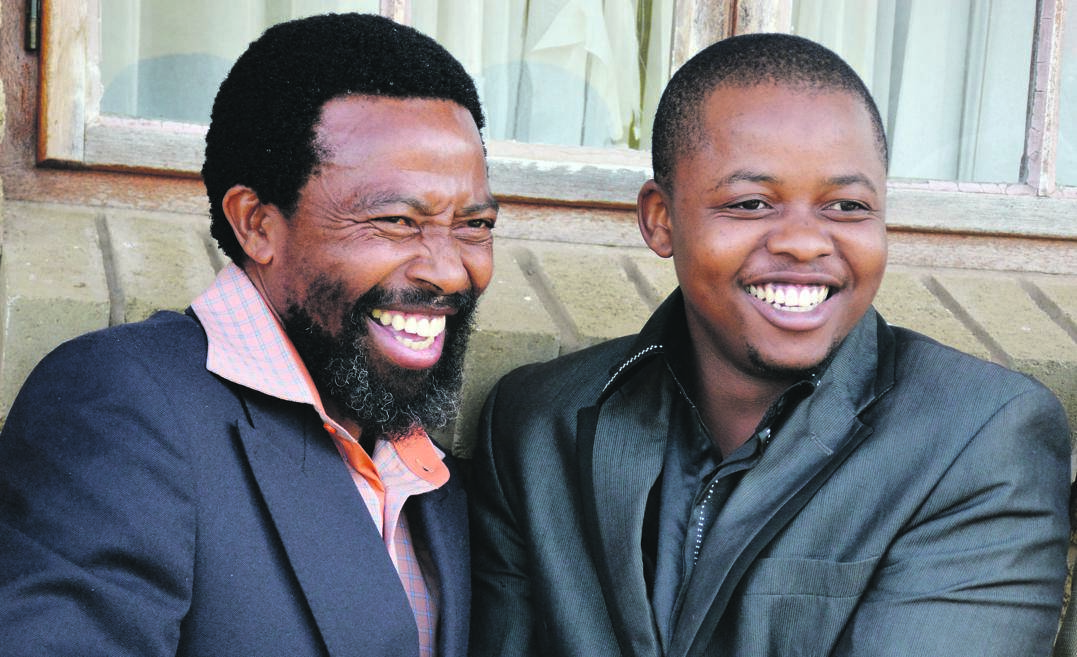 AbaThembu King Buyelekhaya Dalindyebo in happier times with his heir, and now acting king, Azenathi Dalindyebo. The former has since disowned his son. Picture: Siphelele Nketo