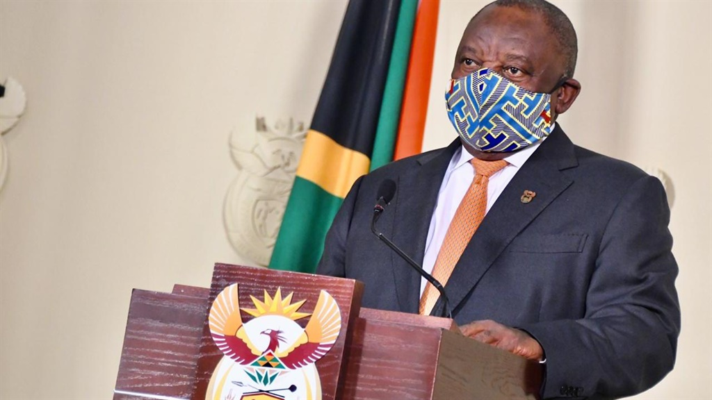 Cyril Ramaphosa in a mask