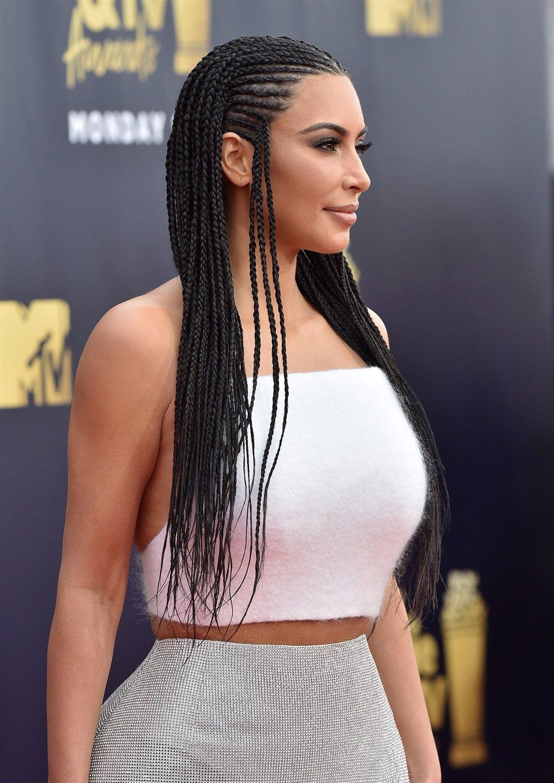 SANTA MONICA, CA - JUNE 16: TV personality Kim Ka