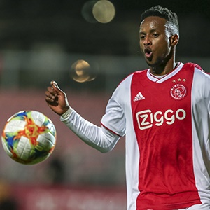 Ajax Amsterdam player Leo Thethani during a match for Jong Ajax.
