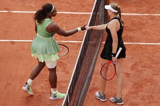 Serna Williams and Elena Rybakina shake hands. (Photo by Adam Pretty/Getty Images)