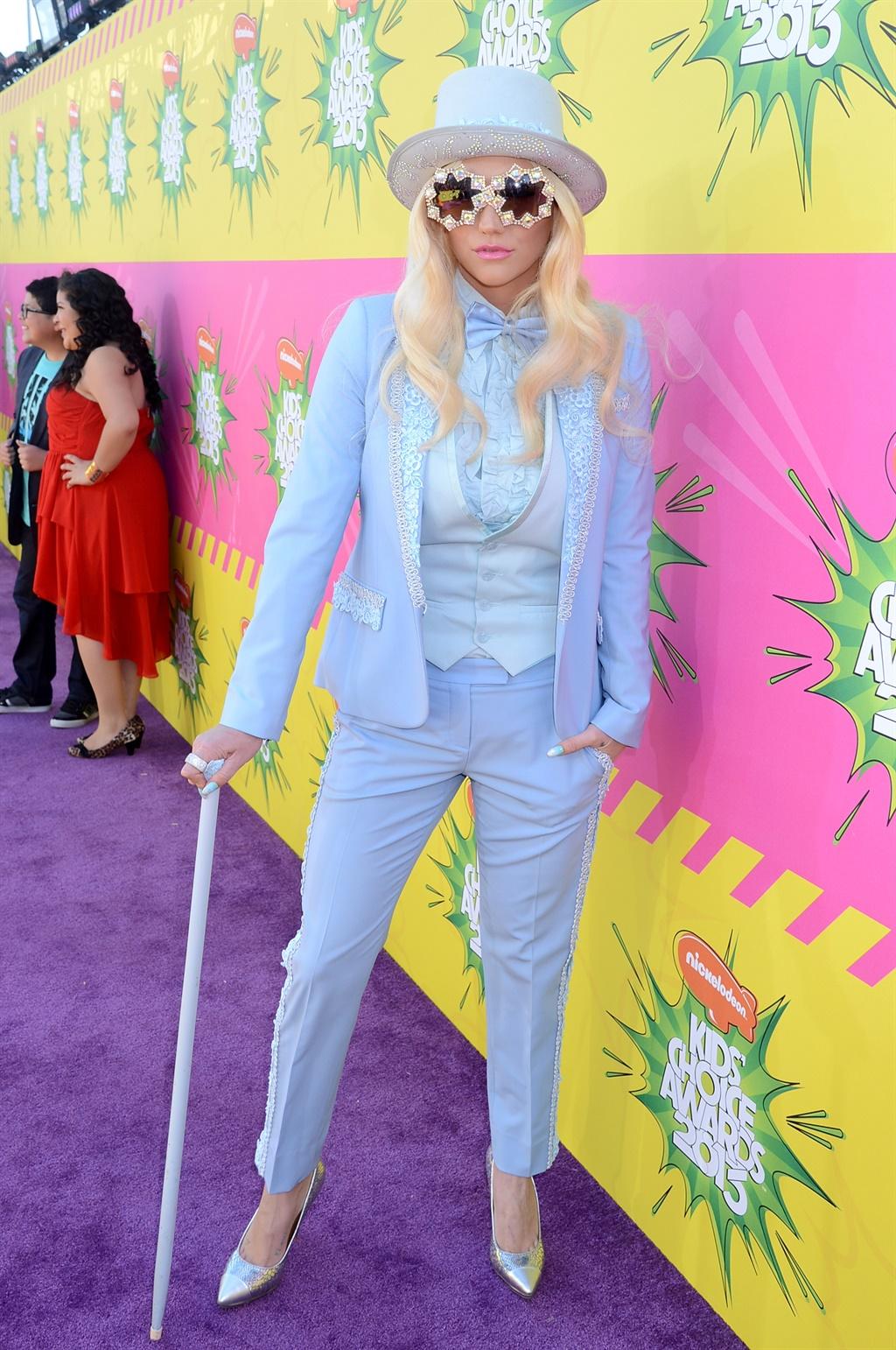 LOS ANGELES, CA - MARCH 23: Ke$ha arrives at Nick