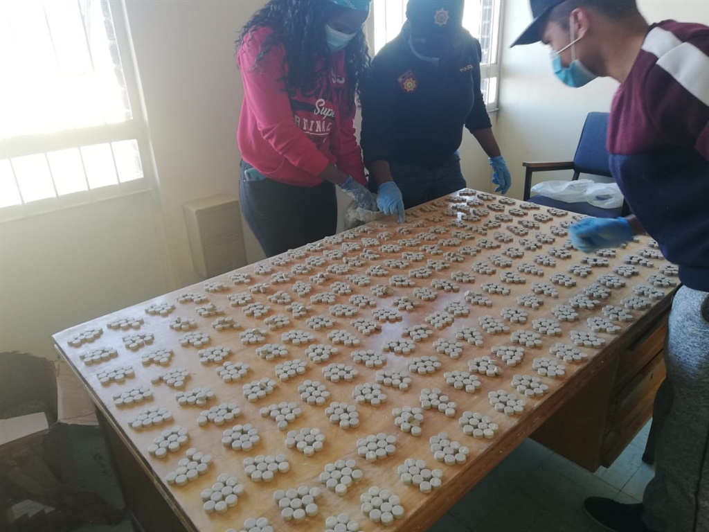 Cops discover R4m in drugs in 'perfume' truck after it collided with another vehicle - News24