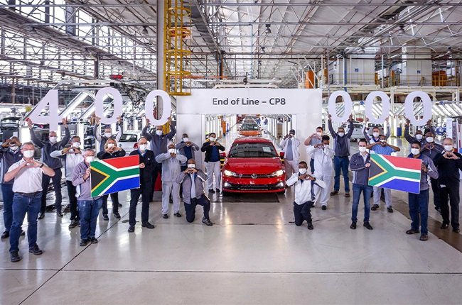 400 000th Polo rolls off Volkswagen SA's production line in Kariega