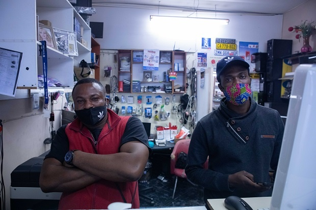 WATCH | Life in a Cape Town Covid-19 hotspot – food, fear and work in Tygerberg district - News24