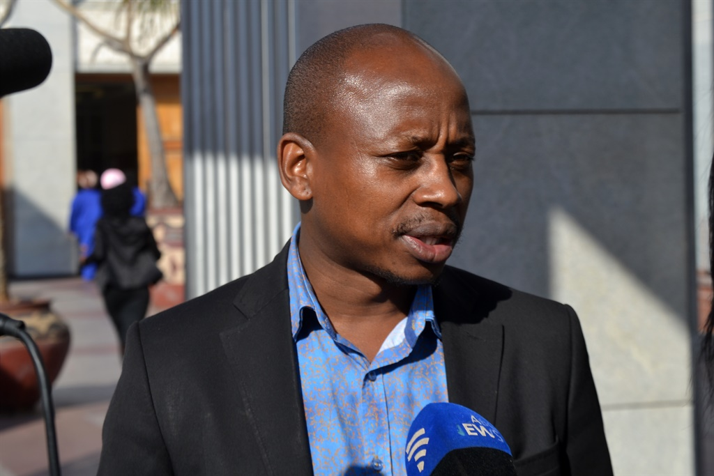 Andile Lungisa has turned to the Constitutional Court.