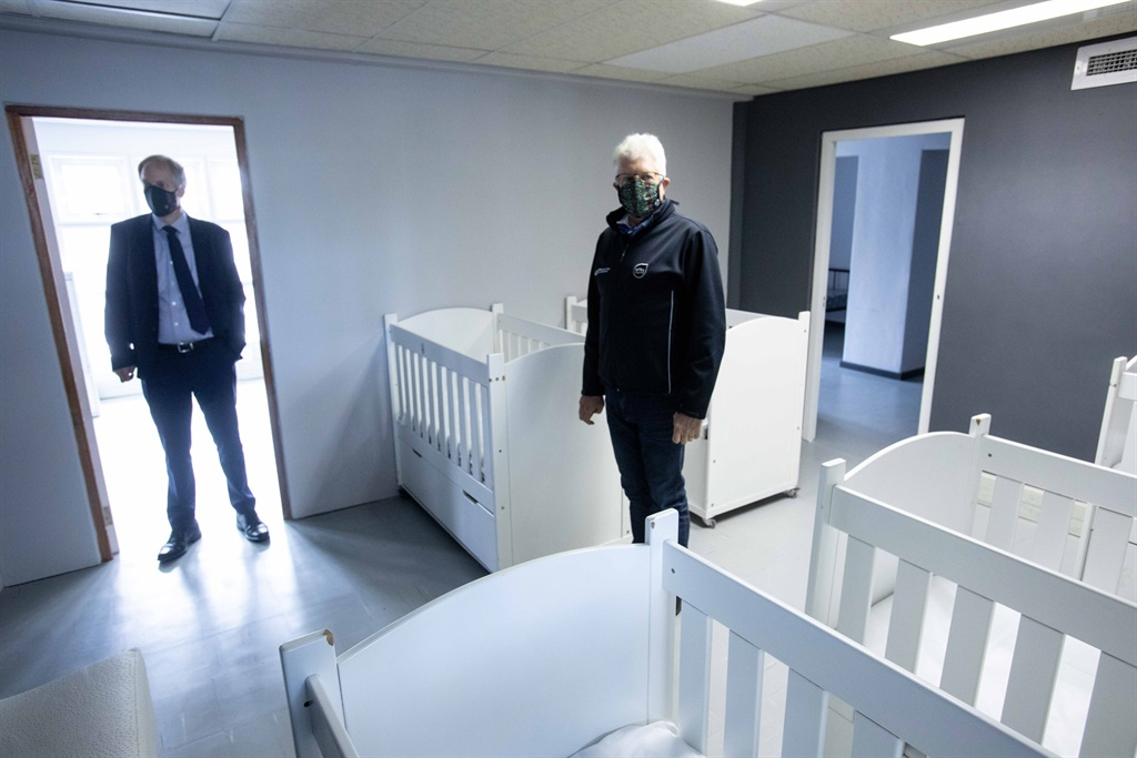 Premier Alan Winde inspects a 300-bed quarantine site has been opened up on Old Mutual premises in Pinelands in Cape Town.