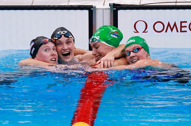 South African swimmer Tatjana Schoenmaker and Kaylene Corbett with America's Lily King and Annie Lazor
