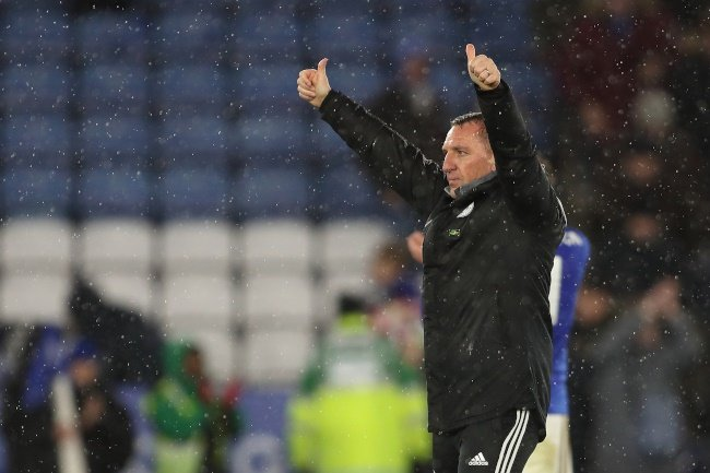 Maupay penalty saved as Brighton draw with Leicester