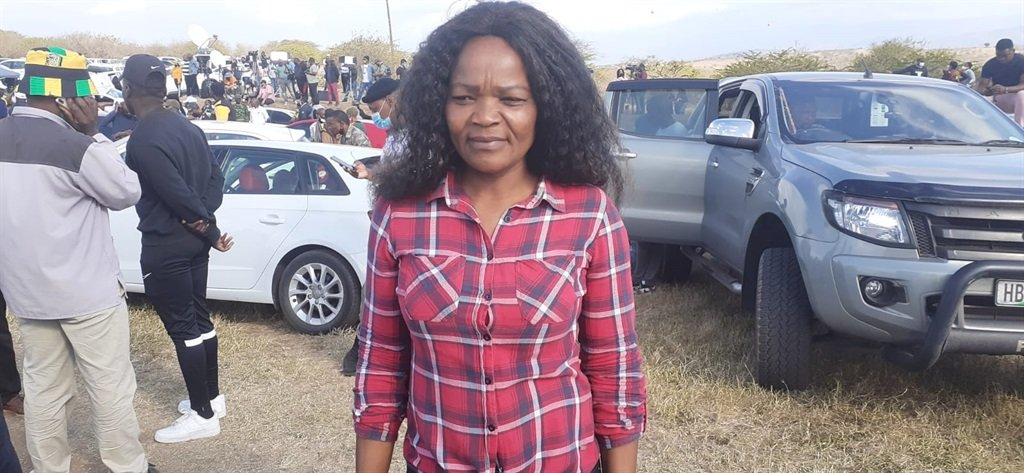 Former president Jacob Zuma's neighbour, Nombuso  Shangase is happy with the support which Zuma has been getting.