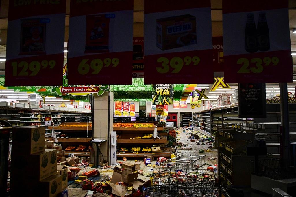 Ransacked Shoprite store in the Durban CBD. (Darren Stewart/Gallo Images)