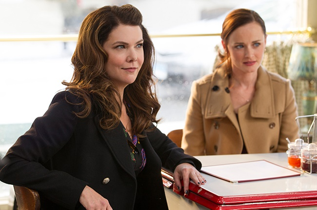 Lauren Graham as Lorelai and Alexis Bledel as Rory in 'Gilmore Girls: A Year in the Life.'