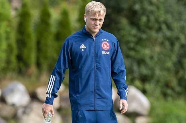 Manchester United S Van De Beek Honours Ex Ajax Team Mate Nouri With Shirt Number Sport