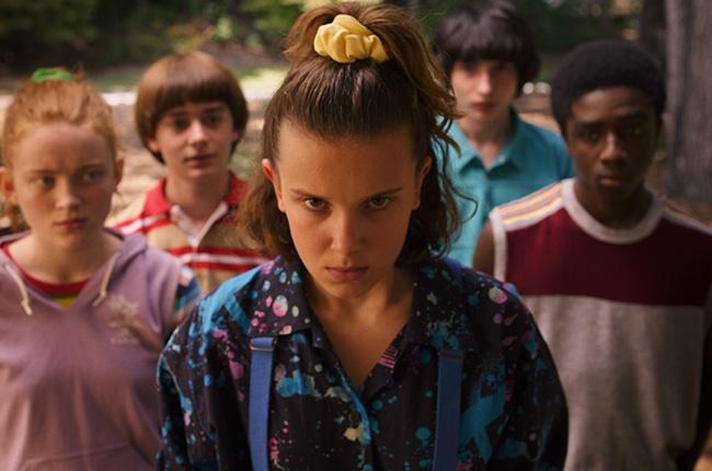 Sadie Sink, Noah Schnapp, Millie Bobby Brown, Finn Wolfhard, Caleb McLaughlin in 'Stranger Things'.