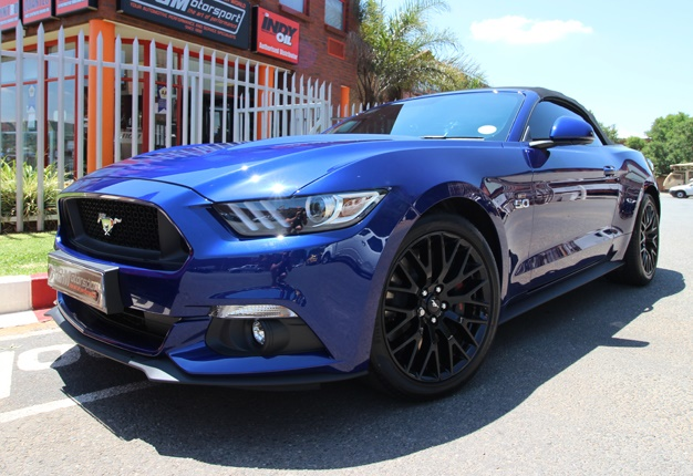 Lightning Blue Mustang >> How to tune your Ford Mustang to 550kW in SA! | Wheels24