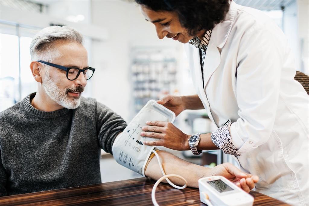 Dit is belangrik om jou bloeddruk te monitor. Foto: Getty Images/Gallo Images