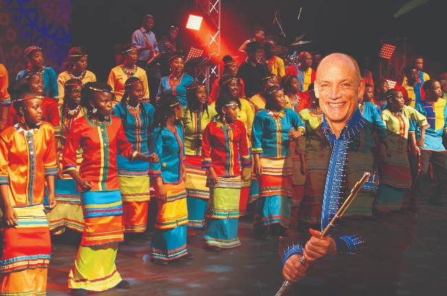 Wouter Kellerman and the Mzansi Youth Choir. (PHOTO: Supplied)