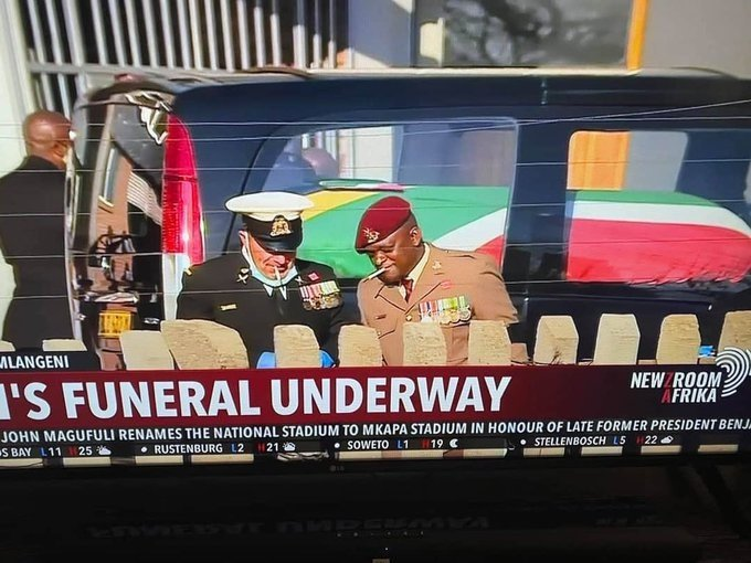 Three South African National Defence Force members have been caught on camera smoking during the funeral service of anti-apartheid activist Andrew Mlangeni. (Photo: @MmusiMaimane, Twitter)