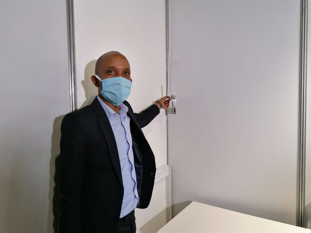 SAHRC's Buang Jones inspects an oxygen outlet at t