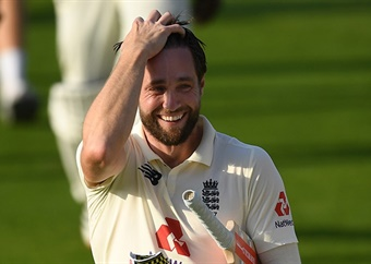 England beat Pakistan in 1st Test after thrilling run-chase