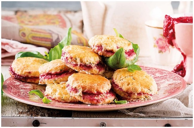 Berry and thyme scones.