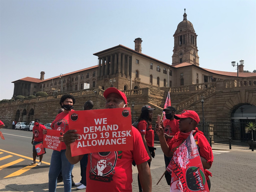 Govt will continue to engage with Nehawu amid wage increase demands - Presidency - News24