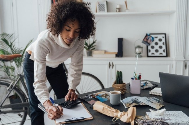 Because permanent employment opportunities are so scarce right now, many people are considering going freelance. (Photo: Gallo Images/Getty Images)
