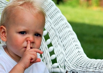 Would you pay R30 000 for a doctor to remove a shoe from your toddler's nose? This couple did