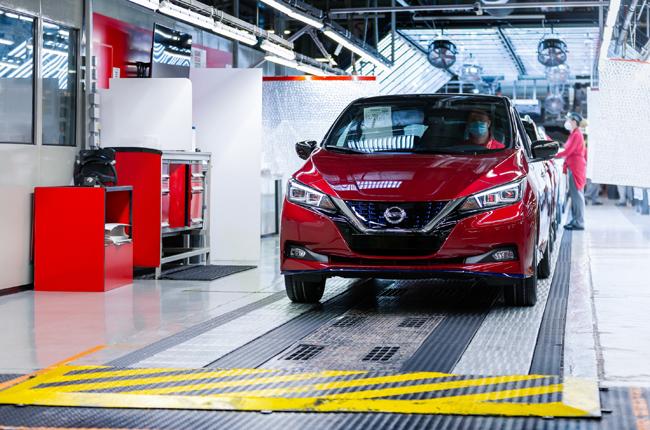 Nissan Leaf (MotorPress)
