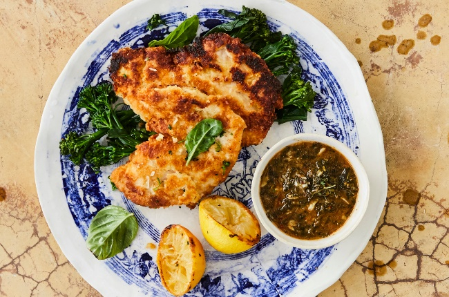 Crumbed chicken with lemon. (PHOTO: JACQUES STANDER)