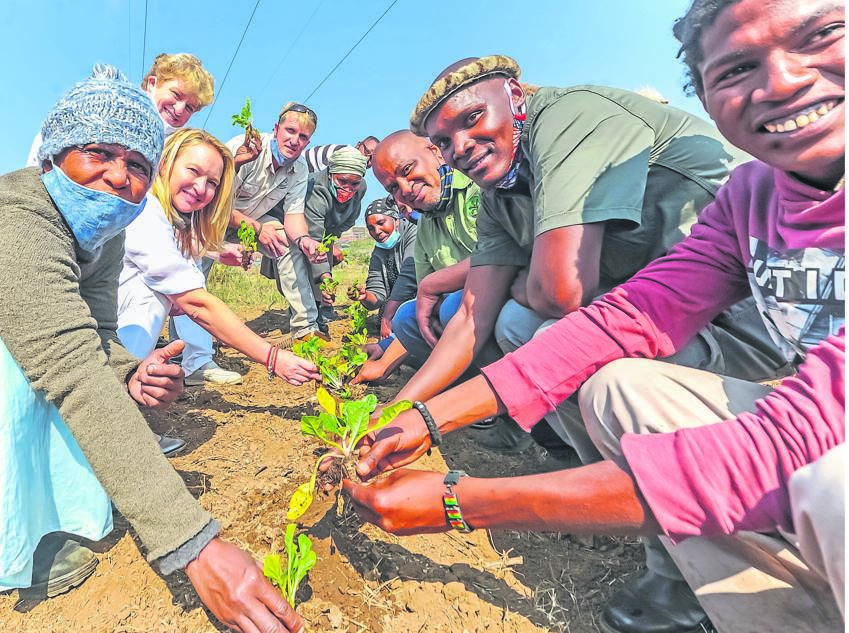 PHOTO: Moeketsi MamaneCommunity members at the gardening project launched in Ashdown yesterday.