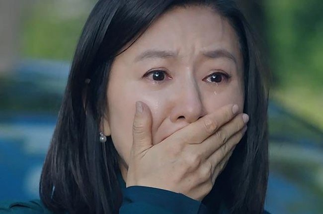 Kim Hee-ae in The World of the Married.