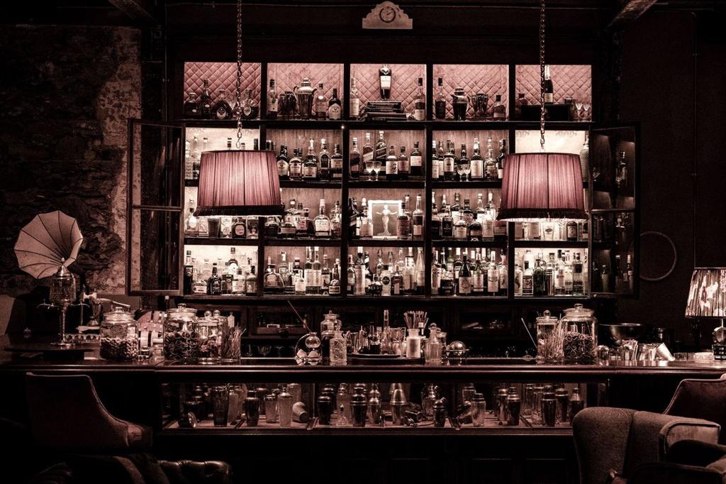 The Art of Duplicity Bar