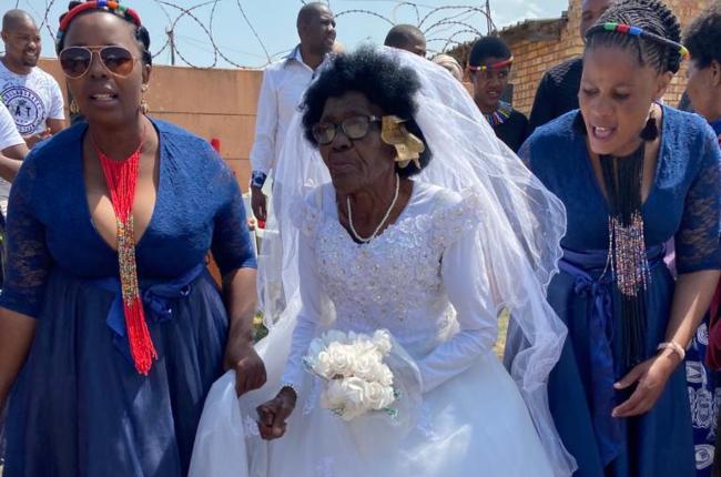 It was a day of celebration as Ekurhuleni gogo married her dead husband. Photo: supplied/Twitter