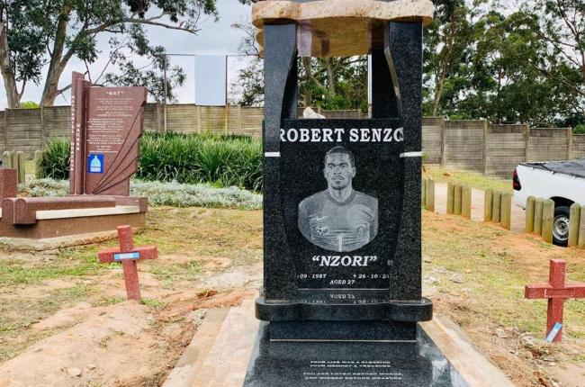 The tombstone of Senzo Meyiwa finally  erected.