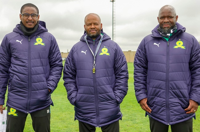 Rulani Mokwena, Manqoba Mngqithi and Steve Komphela (Image courtesy of Mamelodi Sundowns' Twitter account)