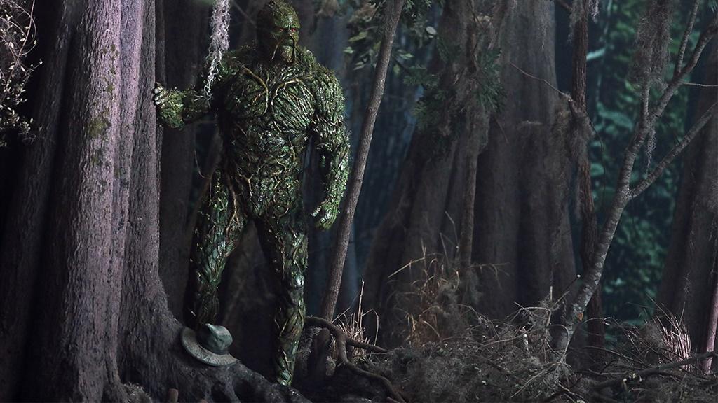 Die akteur Derek Mears is die man agter die groen