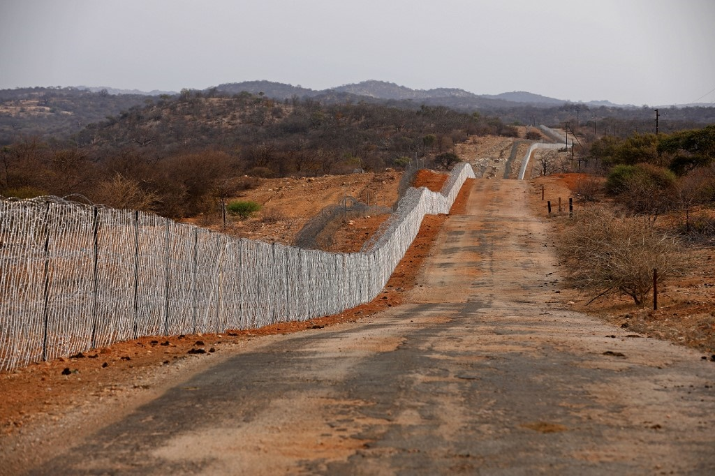 A general view of the border fence that separates South Africa and Zimbabwe near the Beitbridge border post. Picture: Phill Magakoe, AFP