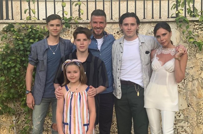 The Beckhams have come under fire over the years for their parenting (l-r): Romeo, Cruz, Harper (front), David, Brooklyn and Victoria. (Photo: Instagram)