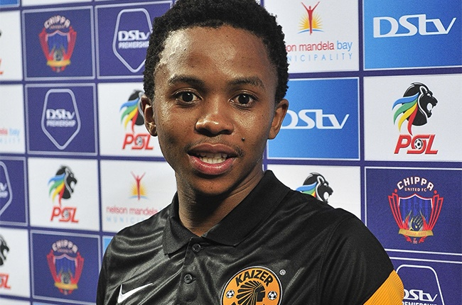 Nkosingiphile Ngcobo of Kaizer Chiefs with his Man of the Match award during the DStv Premiership match between Chippa United and Kaizer Chiefs at Nelson Mandela Bay Stadium on October 27, 2020 in Port Elizabeth, South Africa.