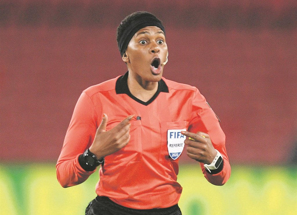 Match referee Akhona Makalima during the Absa Premiership match between Golden Arrows and Cape Town City. Picture: Sydney Mahlangu/BackpagePix