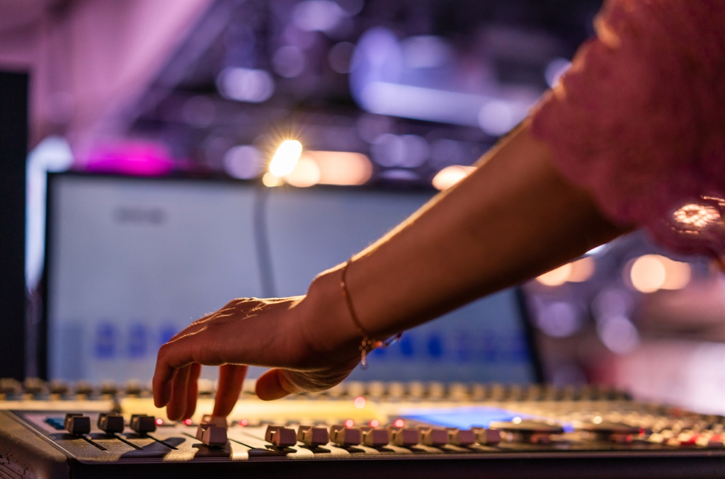 It's time to turn up women's mics on Covid-19 reporting. (Getty Images)